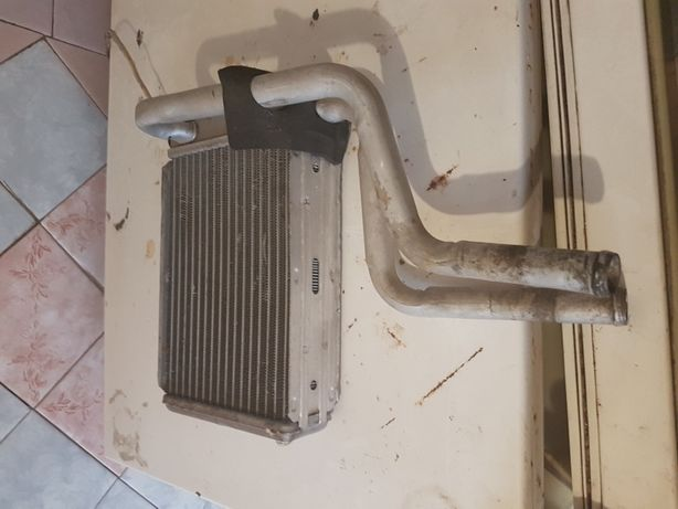 Радиатор кондицыонера   форд Мондео 3,то что на фото