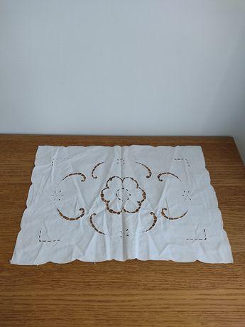 4 toalhas/panos de mesa