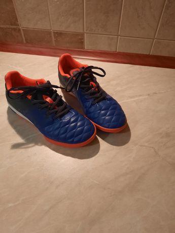 Buty do piłki nożnej Decathlon