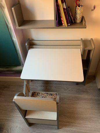 Парта и стул,школьный стол складной