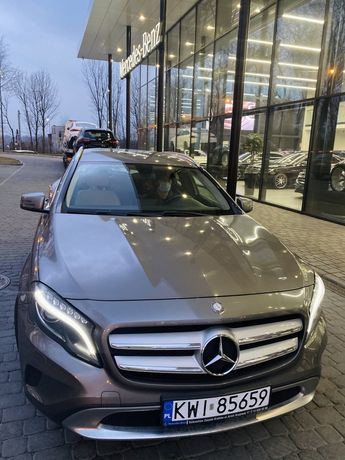 Przepiękny Mercedes-Benz GLA 200
