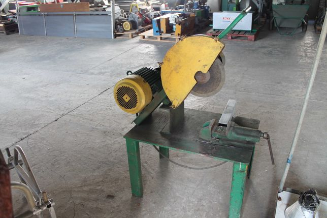 Przecinarka tarczowa z silnikiem 4 kW