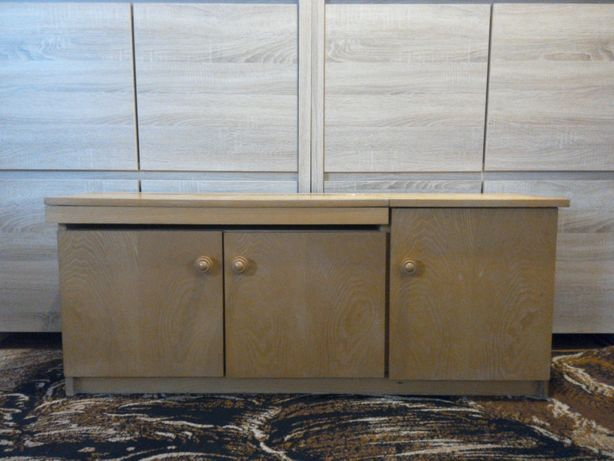 komoda ciekawa szafka na buty + półka i schowek na dodatki siedzisko