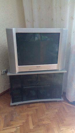 """Тумба под телевизор диагональю 29"""" б/у"""