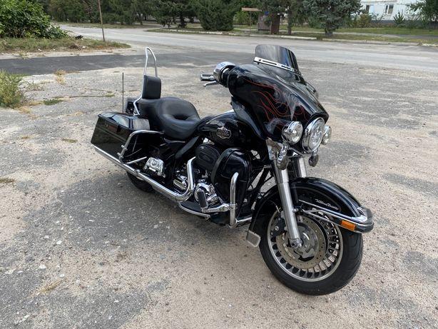 Harley Davidson electra glide ultra classic(FLHTCU) 2009