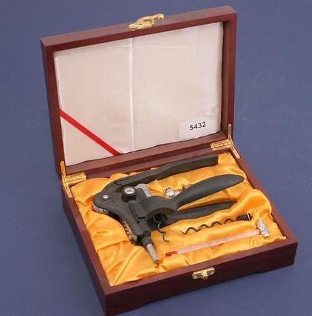 GIPFEL 5432 Штопор рычажный в подарочном наборе барных аксессуаров 4