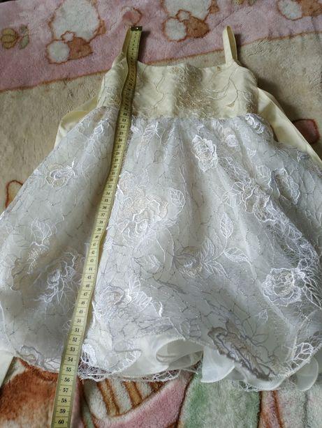 Нарядное платье на 1,5-3 года