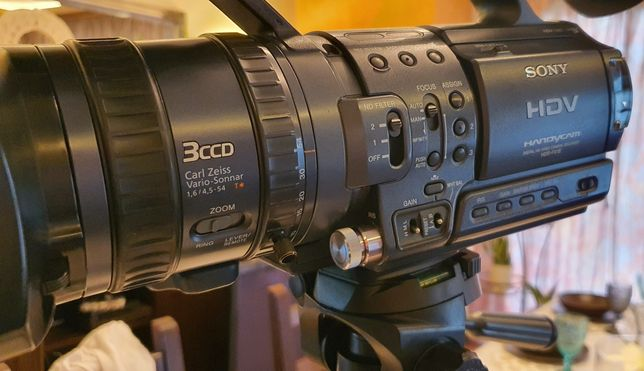 Okazja! Kamera SONY HDR-FX1E HDV 3xCCD pilot 5xAku kasety lampa statyw