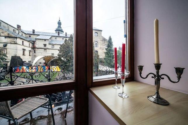 Посуточная аренда Львов 2к. с балконом на улице Валова, Свободно