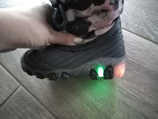 ŚWIECĄCE Zimowe buty buciki ocieplane dla chłopca dziewczynki rozmi 24