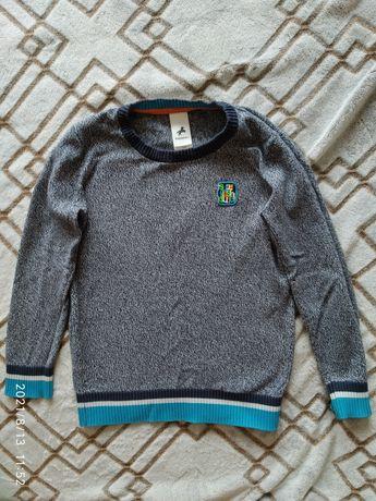 Продам свитерок для мальчика