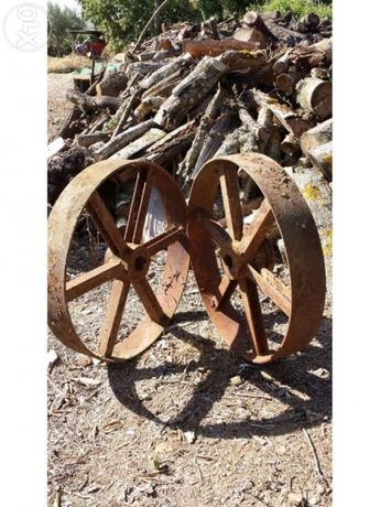 Rodas de ferro, decoração