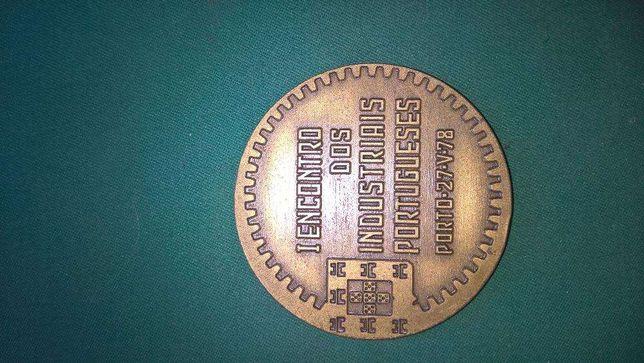 Medalha comemorativa do I Encontro de Empresários Portugueses CIP 1978