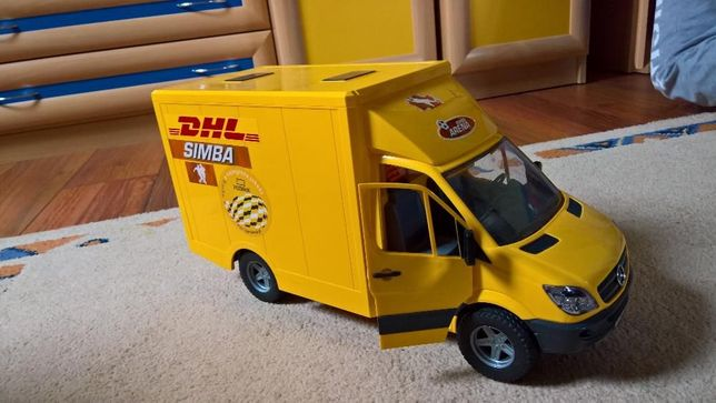 Mercedes DHL zabawka