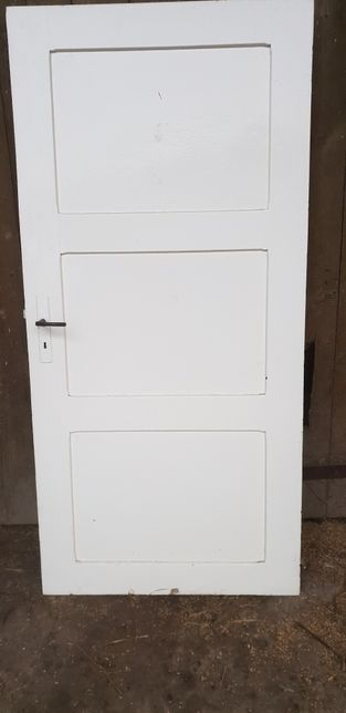Stare dzwi drewniane