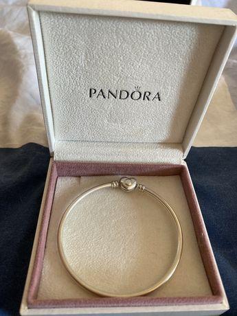 Pulseira Pandora Bangle c/ fecho coração
