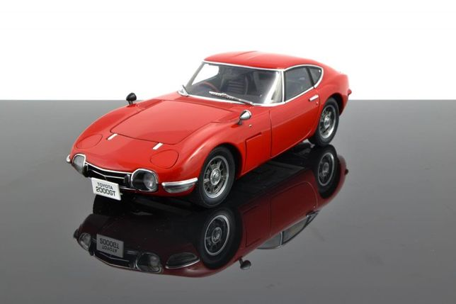 1:18 AUTOart Toyota 2000 GT Coupe Upgraded - Red