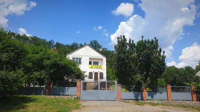 Продам дом 2 этажный дом. Новая Водолага, Харьковская область.
