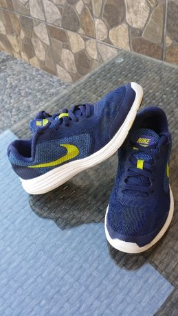 Кроссовки Nike оригинал 36 р.