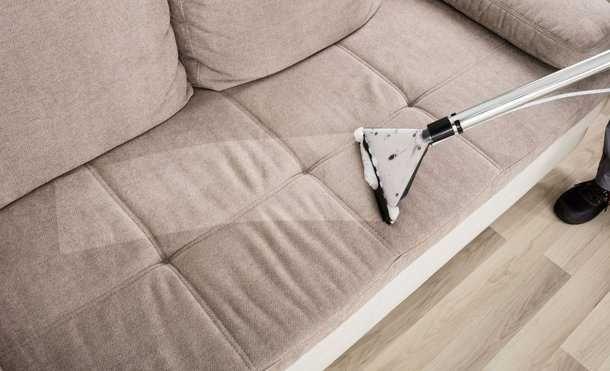 Pranie tapicerki samochodowej, kanap, dywanów, polerowanie aut Dojazd