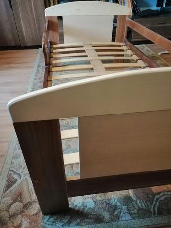 Łóżko dziecięce 160x80cm.