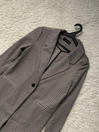 Длинный пиджак-кардиган в рубчик