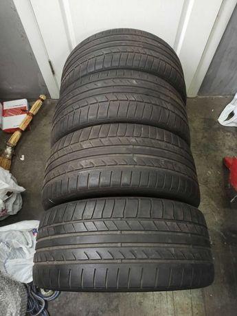 Продам резину Dunlop 255/40/19 лето, 4шт.