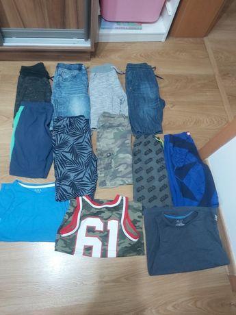 Krótkie spodenki dla chłopca na lato rozm 140 koszulki bez rękawów