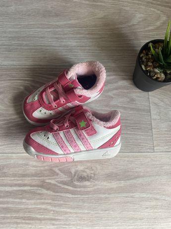 Кроссовки adidas оригинал  22 размер детские