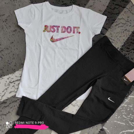 Komplet Nike damski