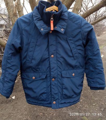 Куртка на мальчика 7-8лет