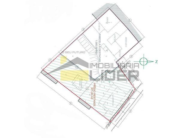 Moradia térrea com 2 anexo e terreno no Ramalhal Torres V...