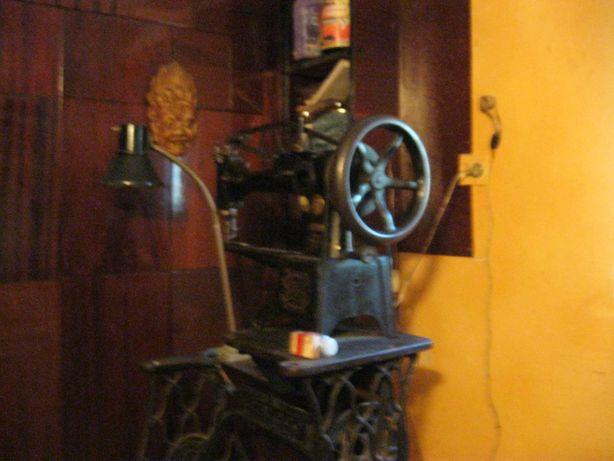 швейно-латочна машина zinger