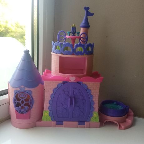 Замок, замочок, домік, домик, хатка, іграшковий замок