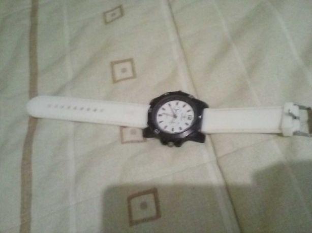Relógio bom estado