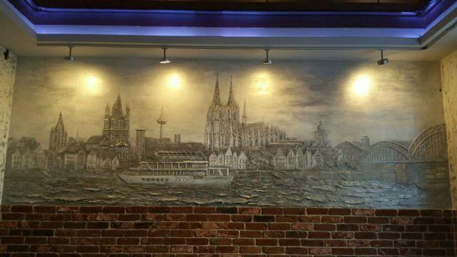 Роспись стен. Барельеф.