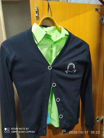 Рубашки и кофта на пуговицах