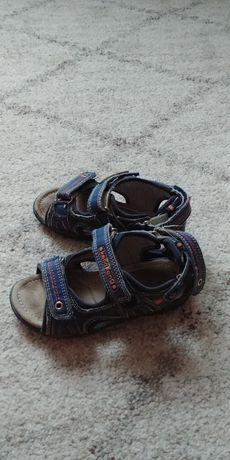 Дитяче взуття для хлопчика