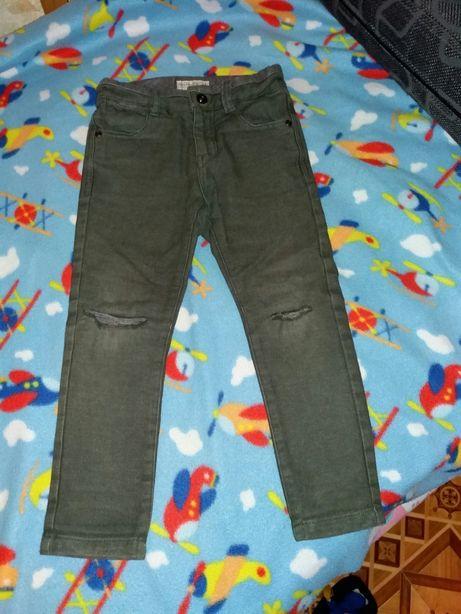 Продам детские штанишки Zara.