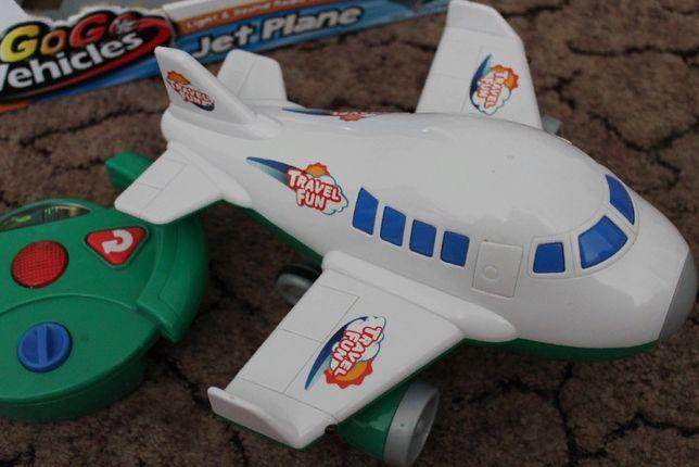Keenway самолет на пульте управления, идеальный!!! Обмен на Lego