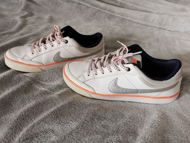 Adidasy Nike Damskie 38,5