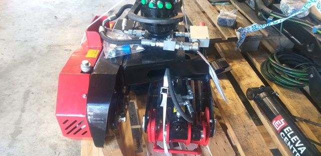 Pinça com motoserra mecanico/ e com inclinação para corte