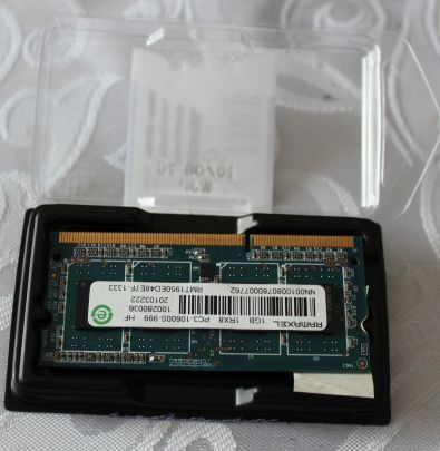nowa pamięć 1GB RAMAXEL 1RX8 PC3 HF i kozaki do kostki szpilki 37
