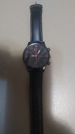 Наручные часы(кварц)