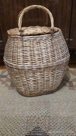 Плетеная корзина в отличном состоянии