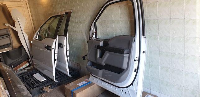 Двери передние Форд Ф150 (Ford F150) В наличии!!