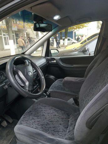 Opel Zafira 2002р.