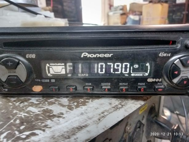 Продам Pioneer deh-1330r
