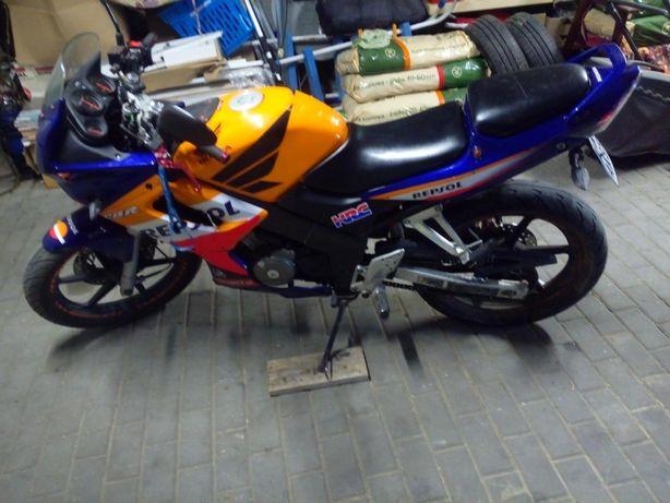 Honda CBR 125 Doinwestowany