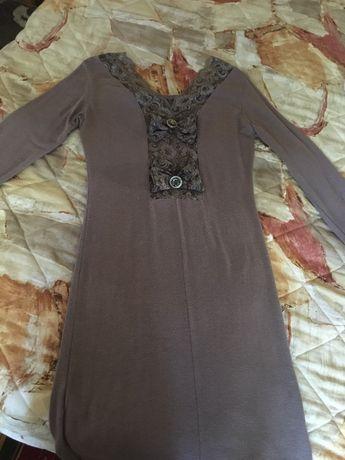 Вечірнє плаття з мереживом